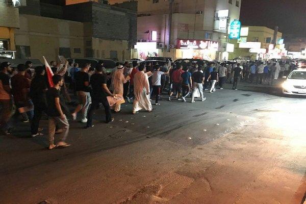 Al Halife rejimi Bahreynli göstericilere saldırdı