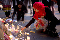 Müslümanlardan Manchester kurbanlarına saygı