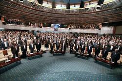 رسانه ملی با سعهصدر انتقاد هر دو طرف در انتخابات را به جان خرید