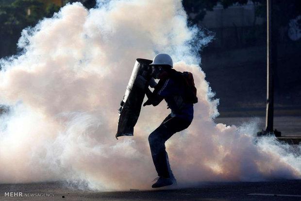 سپرهای معترضان ونزوئلایی