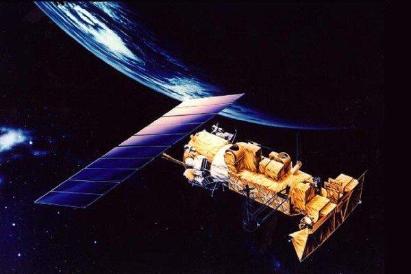 ايران تعتزم إطلاق أول قمر صناعي بإمكانيات استشعارية وتشغيلية