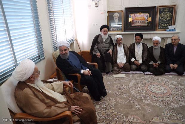 Cumhurbaşkanı Ruhani kutsal Kum kentinde قم