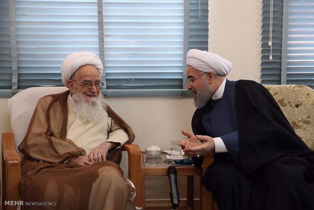Cumhurbaşkanı Ruhani kutsal Kum kentinde