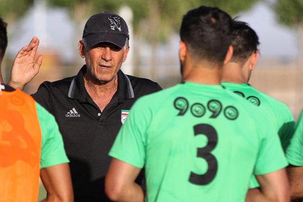بازی با ازبکستان فینال جام جهانی است!/ نباید جشن زودهنگام بگیریم