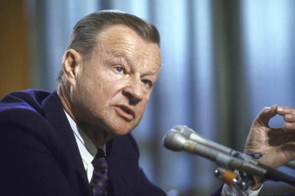وفاة زبغنيو بريجينسكي عن عمر يناهز 89
