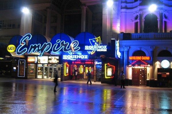 لغو افتتاحیههای فیلمهای جدید در لندن به دنبال حمله منچستر