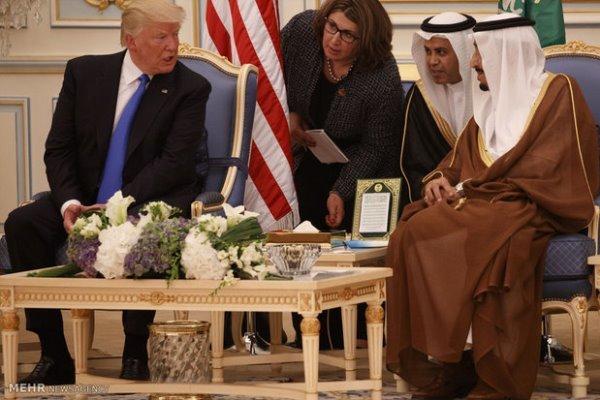 ترامپ هزینه های نظامی آمریکا در خاورمیانه را از سران ریاض پس گرفت