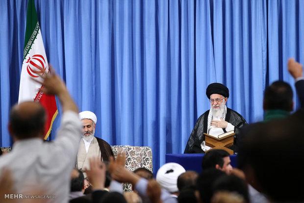 محفل انس با قرآن کریم در حسینیه امام خمینی