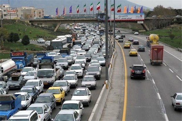 ادامه ممنوعیت تردد در محورهای سیلزده/جاده چالوس امروز یکطرفه است