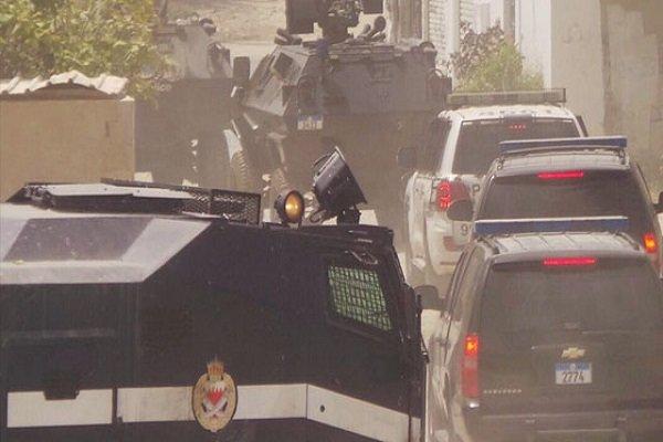 السلطات البحرينية تستولي على أحد المنازل القريبة من منزل الشيخ عيسى قاسم وتطرد أهله