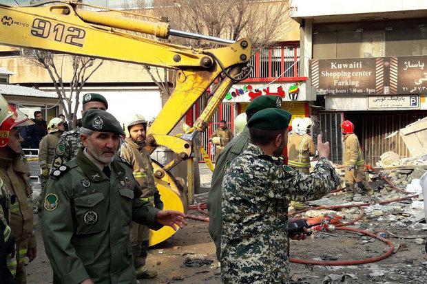 عليبور يكشف عن تشكيل 87 كتيبة للتعامل مع الكوارث من قبل القوات البرية للجيش الإيراني
