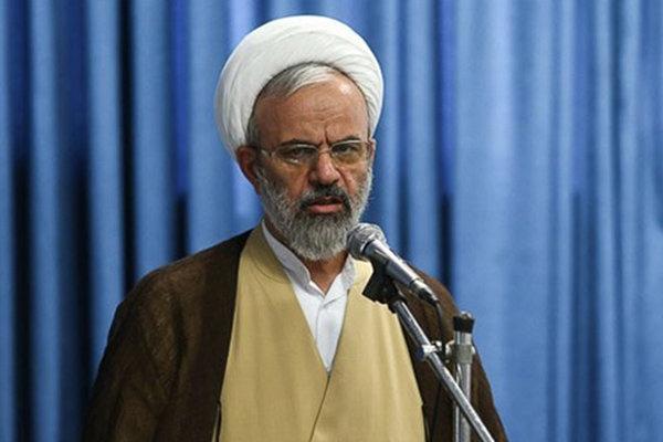 ملت ایران با وعده های پوچ سر میز مذاکره نمی نشیند