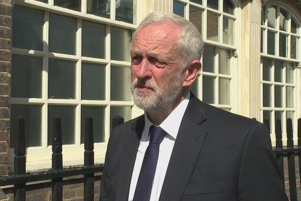کوربین ارزیابی دولت انگلیس از حمله به نفتکشها را زیر سئوال برد