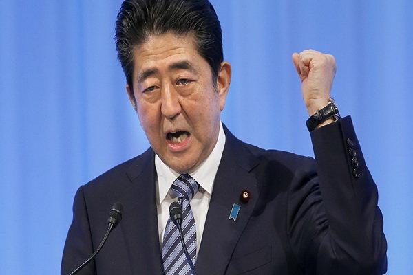 شینزو آبه: ژاپن دفاع موشکی خود را تقویت می کند