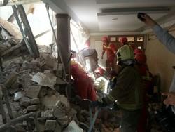ریزش آوار کارگاه ساختمانی در «شوش»/۷ نفر مصدوم شدند
