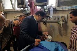 عیادت وزیر بهداشت از مجروحان حوادث مجلس و حرم امام(ره)