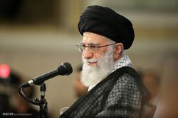 قائد الثورة الاسلامية يستقبل أساتدة الجامعات