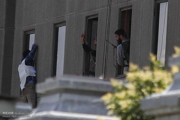 حمله مسلحانه به مجلس شورای اسلامی