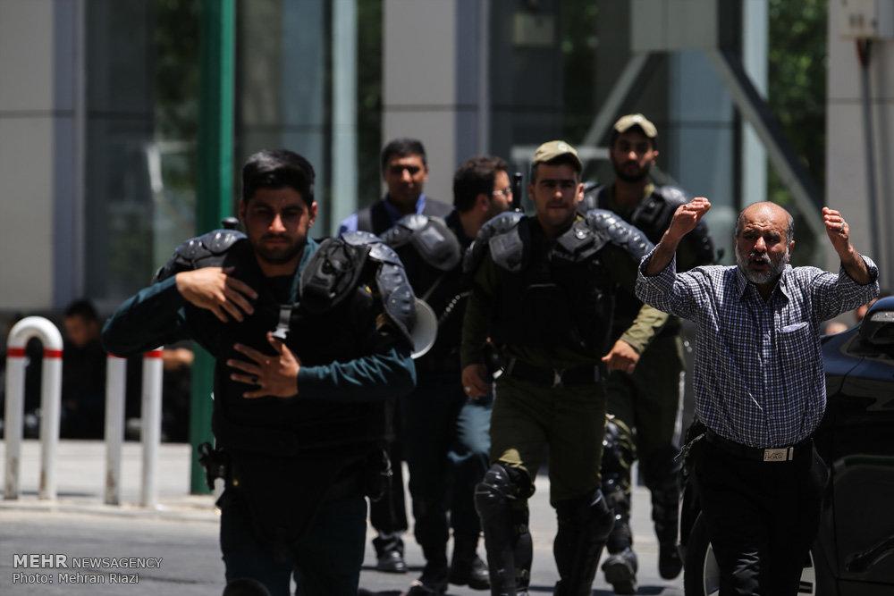 پایان عملیات تروریستی در خانه ملت/مهاجمان کشته شدند