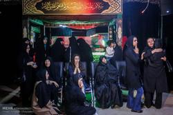بازدید جمعی از خانواده های شهدای حادثه تروریستی مجلس از خانه ملت