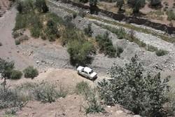 سقوط پیکان به دره در جاده پلدختر - خرمآباد ۲ مجروح بر جای گذاشت