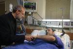 عیادتعلی لاریجانی رئیس مجلس شورای اسلامی از مصدومان حادثه تروریستی تهران
