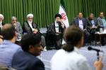 متن و حاشیه دیدار رمضانی شاعران با رهبر معظم انقلاب اسلامی