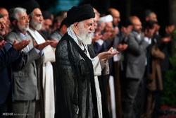 دیدار جمعی از شاعران و اهالی فرهنگ و ادب با رهبر معظم انقلاب اسلامی