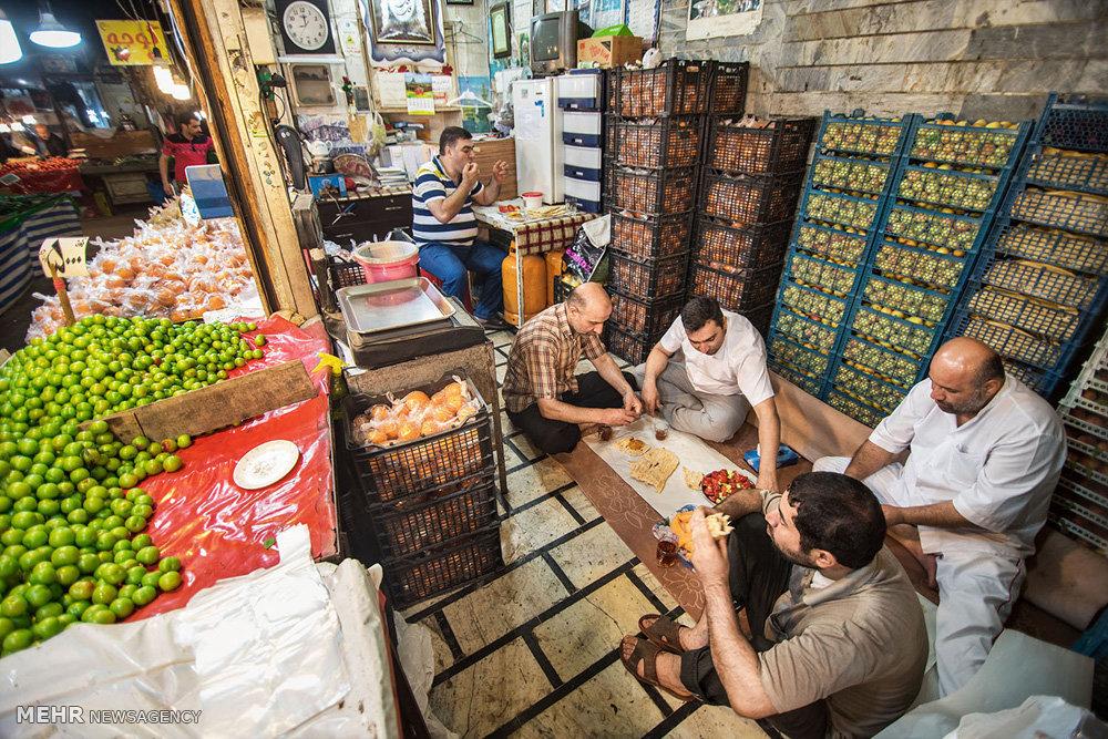 افطار روزهداران در بازار رشت