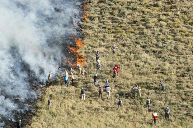 آتش زدن بقایای محصولات کشاورزی در  دهلران غیر قانونی است