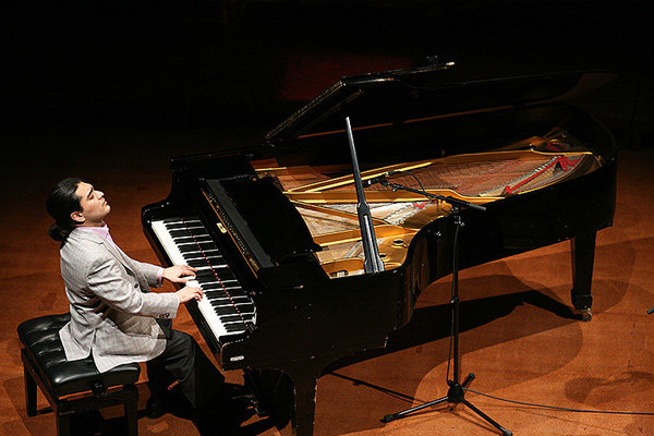 برنامه آکادمی پیانوی سامان احتشامی اعلام شد
