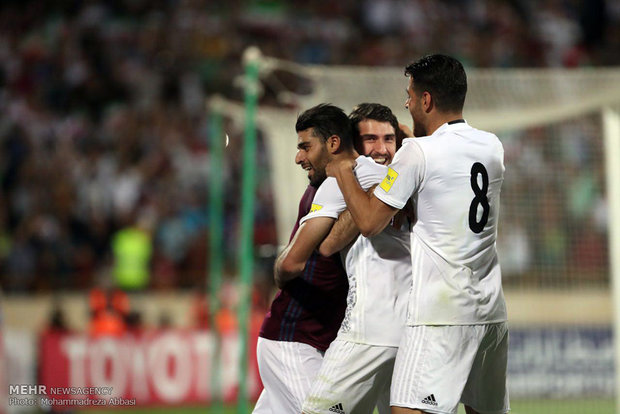 فوز منتخب ايران لكرة القدم على نظيره الاوزبكي