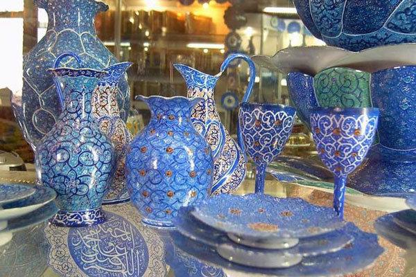تنها ۴ باب از ۲۵۰ فروشگاه صنایعدستی اصفهان نشان اعتماد دارند