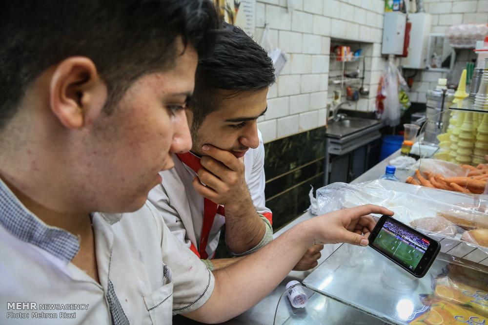 شادی مردم تهران پس از صعود تیم ملی فوتبال به جام جهانی روسیه