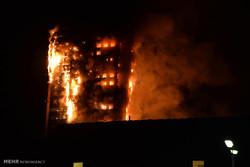 لندن میں 24 منزلہ عمارت میں آگ لگنے سے ہلاکتوں کی تعداد  30 تک پہنچ گئی