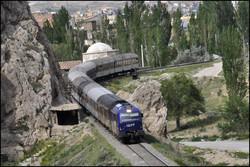 برقی کردن راه آهن شمال کشور/خطآهن ساری-قائم شهر دو خطه میشود