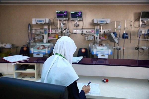 کمیسیون تلفیق به انتظار ۱۰ ساله پرستاران پایان دهد