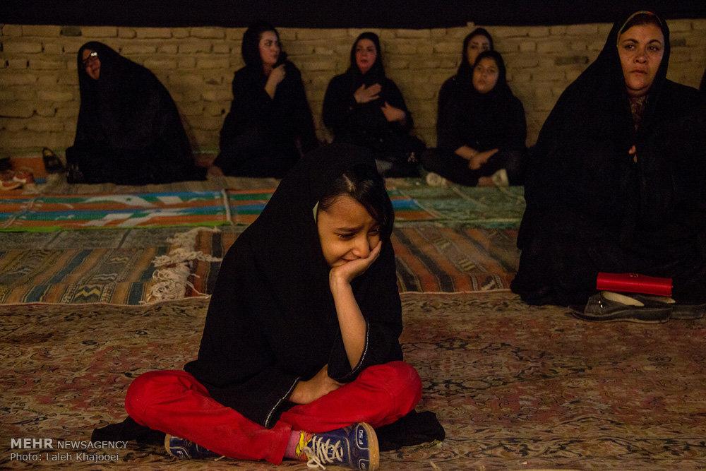 اجرای تعزیه به مناسبت شبهای قدر در سیرجان