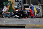 مخالفان ونزوئلا در پی برگزاری همه پرسی غیر رسمی