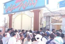 تاخیر در پرداخت حقوق کارگران شهرداری نورآباد/ مسئولان وعده تیر ماه را دادند