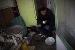 آرزوی آجر و ماسه ای حاج حسن/ تنهاییاش در خانه ۵متری جا نمیشود