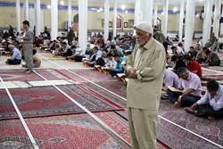 مراسم احياء ليلة القدر الثالثة في سنندج غربي ايران/صور