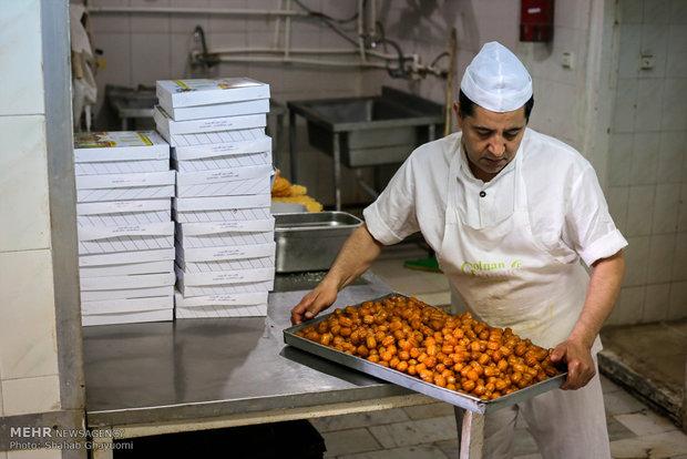 العوامات والمشبك ضيوف المائدة الرمضانية في ايران