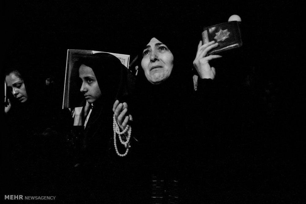 مراسم احیای شب بیست و سوم ماه رمضان در گلزار شهدای گرگان