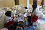 ۳۰۰ بسته سبد غذایی بین نیازمندان در بابلسر توزیع شد