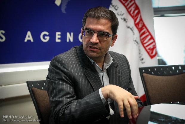 عرصه فعالیت بر میدان داران قیمت ارز و خودرو در فضای مجازی تنگ شود