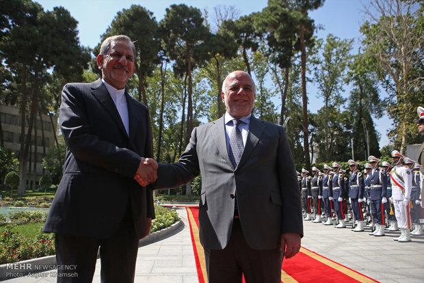 استقبال رسمی جهانگیری از نخست وزیر عراق