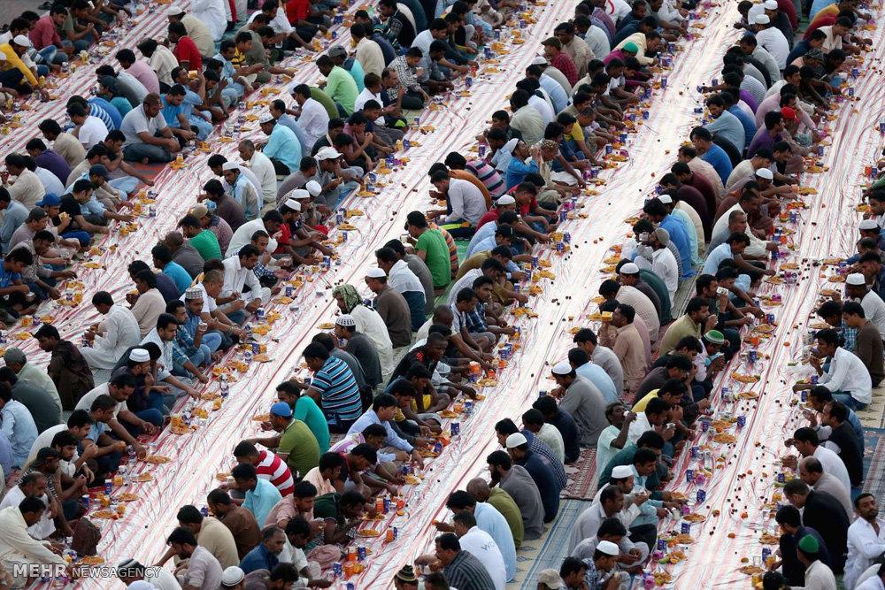 جشن بندگی در نقاط مختلف جهان