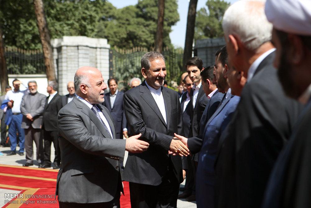 استقبال رسمی از نخست وزیر عراق