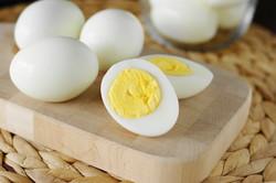 Iran ships eggs to Qatar, Afghanistan